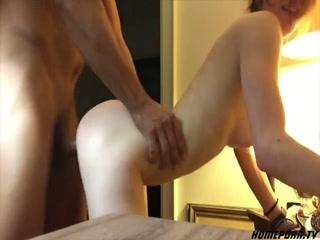 Секс молодых парней с молодыми девушками дома  для дрочки