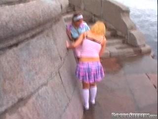 Две красивые лесбиянки